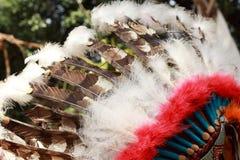 Inheems Amerikaans Indisch belangrijkst hoofddeksel Stock Foto's