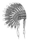 Inheems Amerikaans Indisch hoofddeksel met veren in een schetsstijl Stock Foto's