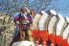 Inheemse Amerikaan op een vlotter in vijftigste van Macy royalty-vrije stock afbeelding