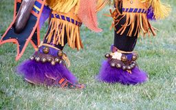 Inheemse Amerikaanse danser in Oregon Pow wauw stock foto's