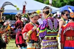 Inheemse Amerikaanse jonge meisjes Stock Foto's