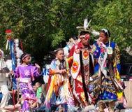 Inheemse Mensen in k-Dagen Parade royalty-vrije stock fotografie