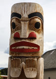 Inheemse totempaal in Carcross in Alaska Royalty-vrije Stock Afbeelding