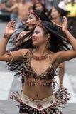Inheemse vrouwelijke dansers in Ecuador Royalty-vrije Stock Foto's