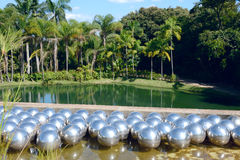 Inhotim offentlig konstmusem i det brasilianska tillståndet av Minas Gerais royaltyfri foto