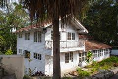 Inhysa Finca Vigia var Ernest Hemingway bodde från 1939 till 1960 Arkivbild