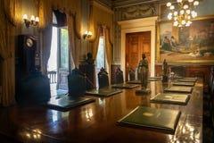 Inhyser ministeriellt rum för den Catete slotten, den tidigare presidentpalatset nu republikmuseet - Rio de Janeiro, Brasilien royaltyfri foto