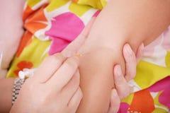 Iniezione Vaccine a disposizione immagini stock