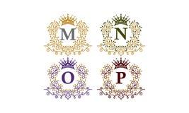 Initiale M N O P de couronne de feuilles Image libre de droits