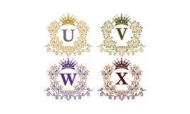 Initiale U V W X de couronne de feuilles Photo libre de droits