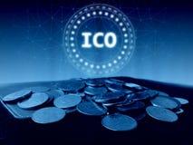 Initialt mynt som erbjuder ledd svävande för ICO hologram över kollapsade vanliga mynt på den gamla huvudbokboken royaltyfri illustrationer