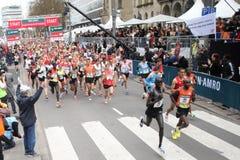 Inizi la maratona 2012 di Rotterdam Fotografie Stock Libere da Diritti