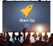 Inizi su concetto di affari del homepage del lancio il nuovo immagini stock