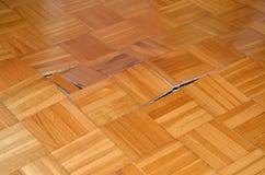 Inizio di legno del pavimento da alzarsi Fotografie Stock