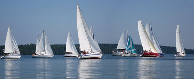 Inizio di un regatta di navigazione Immagini Stock