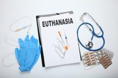 Injectie van pentobarbituraat voor euthanasie Wettelijk voer in kliniek uit royalty-vrije stock foto