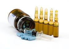 Injection de froid et de grippe image libre de droits