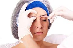 Injections cosmétiques de Botox de marche à suivre Images libres de droits