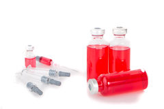 injektionssprutaliten medicinflaska Royaltyfri Foto