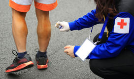 Injured marathon runner legs Royalty Free Stock Photography
