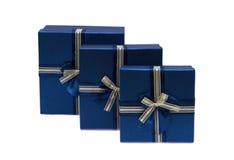 Inkasowy rząd błękitni prezentów pudełka z łękami Zdjęcie Stock