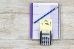 Inkomstenbelastingsseizoen Stock Afbeeldingen
