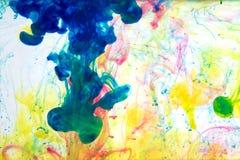 Inkt in water, kleurenabstractie, kleurenexplosie Stock Afbeeldingen