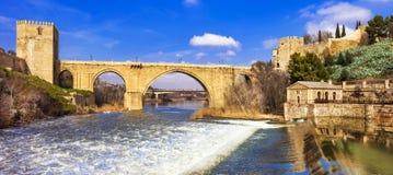Inl Toledo da ponte de San Martin, Espanha imagens de stock