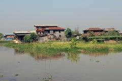 Inle湖的一个小村庄 免版税图库摄影
