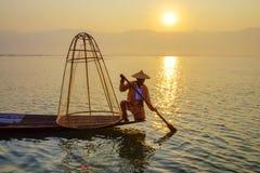 Inle湖的渔夫,单,缅甸 免版税库存照片
