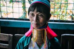 Inle湖的Padaung部落长的脖子夫人 免版税库存图片