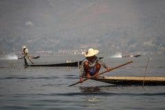 Inle湖,缅甸的Intha渔夫 库存图片