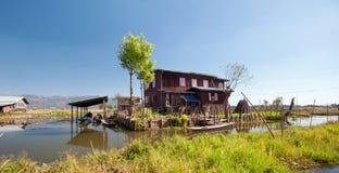 Inle Jeziorny Myanmar, shanu stan spławowi ogródy Zdjęcie Royalty Free