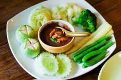 Inmersión tailandesa con las verduras Foto de archivo