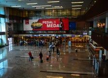 Inmigración Pasillo en el aeropuerto de Changi en Singapur Fotos de archivo libres de regalías