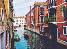 Inmigrantes en pateras del nicecity del instagood de Venecia Italia Europa Fotografía de archivo