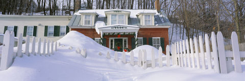 Inn at wintertime Royalty Free Stock Photos