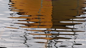 Innaffi la superficie dell'oceano del mare con le ondulazioni ed il MP stock footage