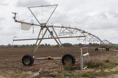 Innaffiatura del sistema del perno di irrigazione Fotografia Stock