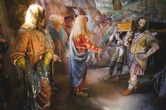 Innalzamento del figlio della vedova del presepe biblico della rappresentazione di scena di Nain immagini stock