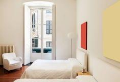 Innen-, klassisches Schlafzimmer stockfotografie
