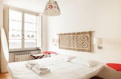 Innen-, schöne Wohnung lizenzfreie stockfotografie