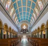 Innenansicht der Immaculata-Kirche der Universität von San Dieg stockfotos