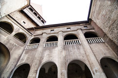 Innenansicht des Huniazi-Schlosses lizenzfreies stockfoto