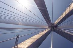 Innenansicht von Rio Antirio Bridge - Patras Griechenland lizenzfreie stockbilder
