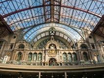 Innenarchitektur von Antwerpen-Bahnstation Stockfotografie