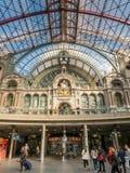 Innenarchitektur von Antwerpen-Bahnstation Lizenzfreie Stockfotos