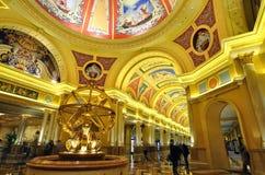 Innenkunst des venetianischen Hotels in Macau Stockbild