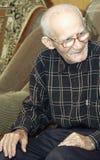 Innenportrait des alten Mannes stockfotografie