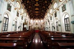 Innenraum der Basilika Stockfoto
